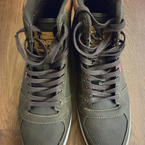 Levis high cut sneakers, moss green (unsure) color